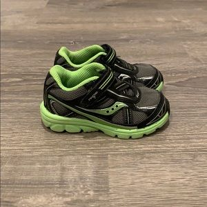 Saucony Baby Ride 7 Sneaker size 5W